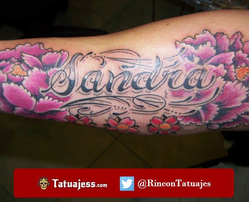 Tatuaje de nombre SANDRA