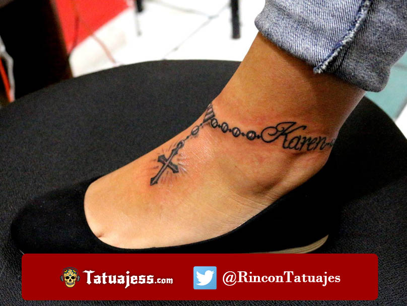 Tatuaje de rosario