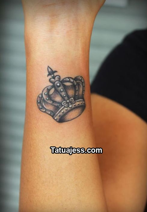 Tatuajes De Coronas Ideas Y Fotografías