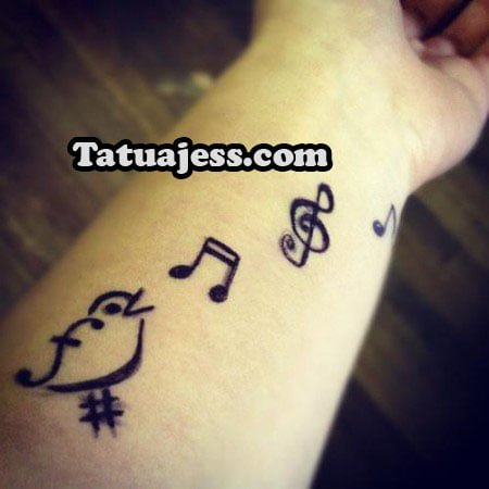 Tatuajes De Notas Musicales Ideas Y Fotografias