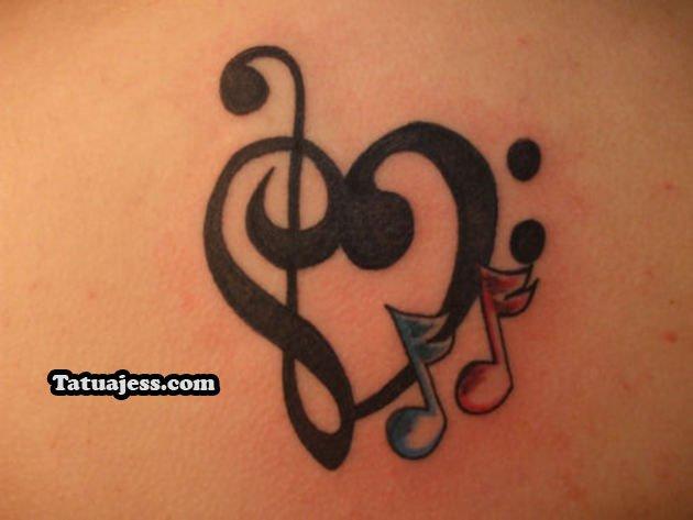 Fotografías de tatuajes de notas musicales en color
