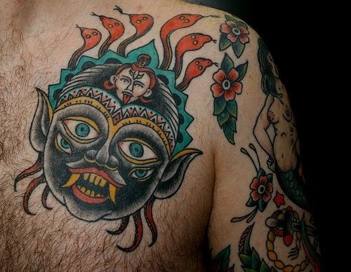 Fotografías de tatuajes hindúes. (Click en la imagen para agrandar)