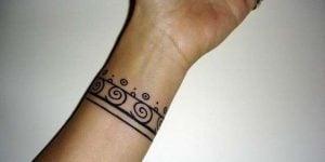 Tatuajes brazaletes