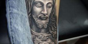 retrato Jesús en brazo