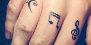 tatuajes notas musicales pequenas
