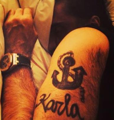 Tatuajes Alejandro Fernandez ancla