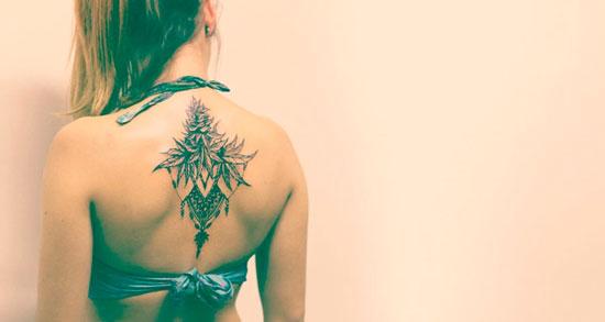tatuajes cogollos de marhuana